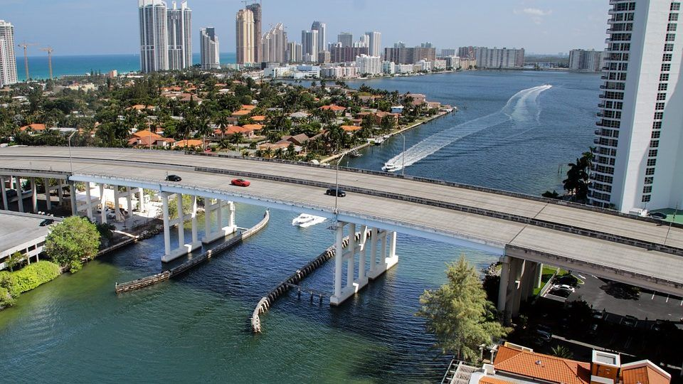 HOW MIAMI LEADS SOUTH FLORIDA IN SMART CITY INITIATIVES
